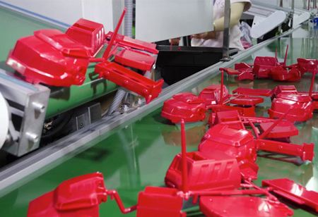 Trends Influencing the Growth of Injection-molded Plastic Industry
